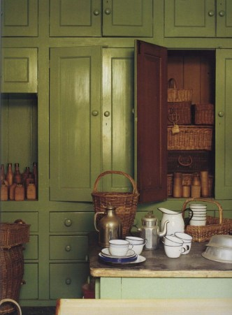 Fascinating Kitchen Design Ideas With Victorian Style 25