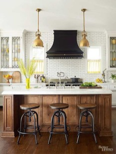 Fascinating Kitchen Design Ideas With Victorian Style 30