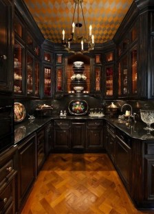 Fascinating Kitchen Design Ideas With Victorian Style 32