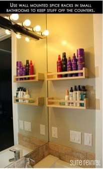 Impressive Bathroom Organization Ideas For Your First Apartment In College 02