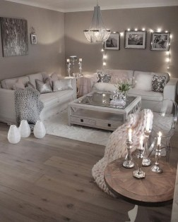 Lovely Living Room Decor Ideas That Cozy And Chic 01