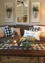 Lovely Living Room Decor Ideas That Cozy And Chic 29