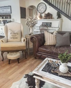 Popular Farmhouse Living Room Makeover Decor Ideas To Have Now 05