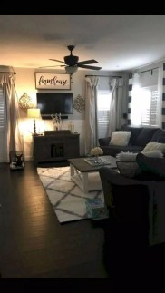 Popular Farmhouse Living Room Makeover Decor Ideas To Have Now 23