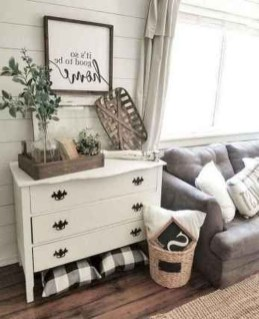 Popular Farmhouse Living Room Makeover Decor Ideas To Have Now 32