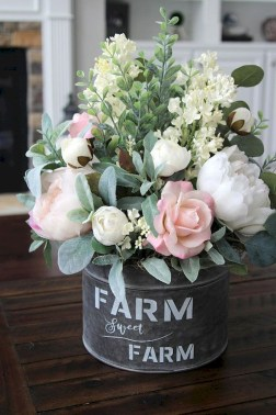 Vintage Farmhouse Summer Decor Ideas To Try Asap 15