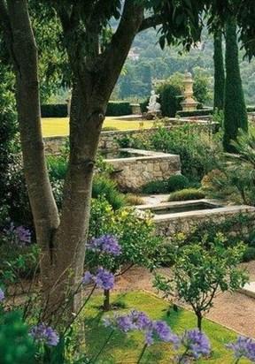 Awesome Mediterranean Garden Design Ideas For Your Backyard 09