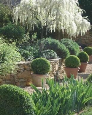 Awesome Mediterranean Garden Design Ideas For Your Backyard 18