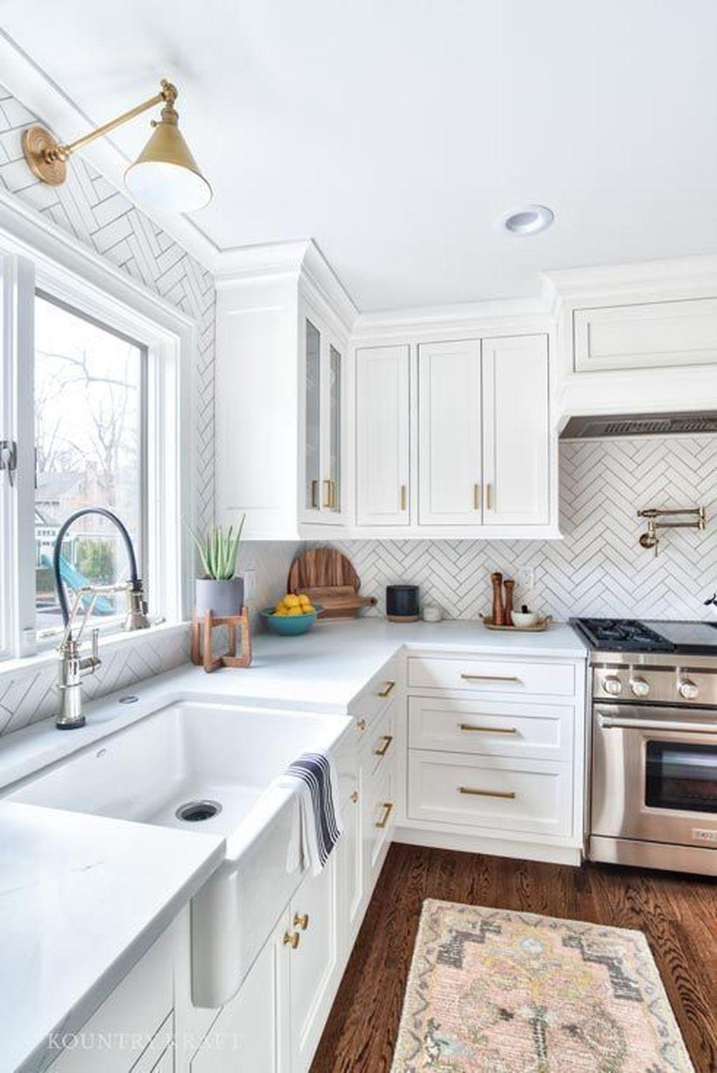 Brilliant Small Kitchen Remodel Design Ideas On A Budget 03