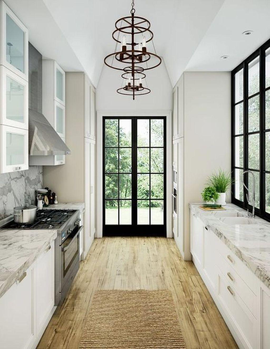 Brilliant Small Kitchen Remodel Design Ideas On A Budget 10