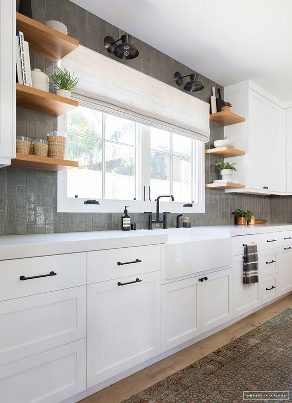 Brilliant Small Kitchen Remodel Design Ideas On A Budget 27