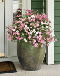 Dreamy Front Door Flower Pots Design Ideas To Increase Your Home Beauty 11