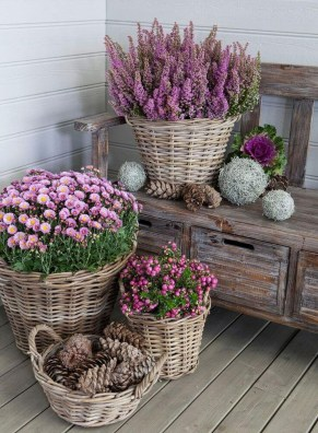Dreamy Front Door Flower Pots Design Ideas To Increase Your Home Beauty 25