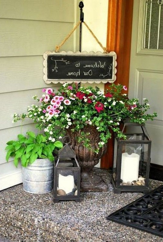 Dreamy Front Door Flower Pots Design Ideas To Increase Your Home Beauty 29