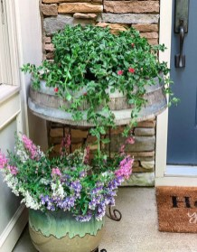 Dreamy Front Door Flower Pots Design Ideas To Increase Your Home Beauty 33