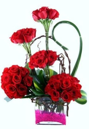 Excellent Valentine Floral Arrangements Ideas For Your Beloved People 12