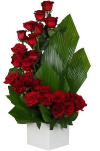 Excellent Valentine Floral Arrangements Ideas For Your Beloved People 32