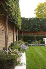 Favorite Garden Design Ideas That Are Suitable For Your Home 02