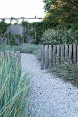 Favorite Garden Design Ideas That Are Suitable For Your Home 18