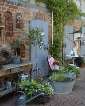 Favorite Garden Design Ideas That Are Suitable For Your Home 26