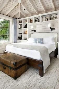 Gorgeous Beachy Farmhouse Bedroom Design Ideas For Cozy Sleep 11