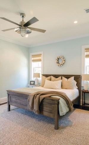 Gorgeous Beachy Farmhouse Bedroom Design Ideas For Cozy Sleep 13