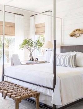 Gorgeous Beachy Farmhouse Bedroom Design Ideas For Cozy Sleep 17