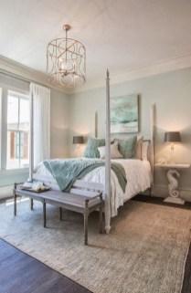 Gorgeous Beachy Farmhouse Bedroom Design Ideas For Cozy Sleep 22