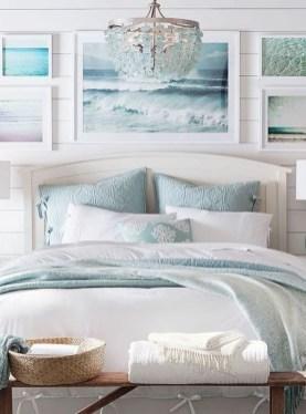 Gorgeous Beachy Farmhouse Bedroom Design Ideas For Cozy Sleep 30