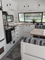 Lovely Caravans Design Ideas For Cozy Camping To Try 11