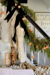 Luxury Christmas Decor Ideas For Small Space To Try 20