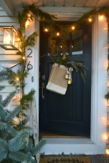 Marvelous Farmhouse Christmas Decor Ideas That You Must Try 11