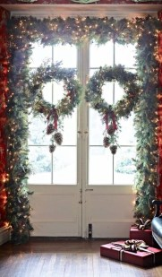 Marvelous Farmhouse Christmas Decor Ideas That You Must Try 30