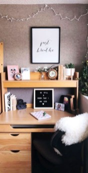 Perfect Dorm Room Organization Decor Ideas To Try Asap 03