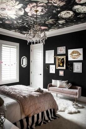 Relaxing Bedroom Wallpaper Decoration Ideas For Comfortable Bedroom 08