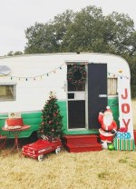 Sophisticated Christmas Rv Decorations Ideas For Valuable Moment 29