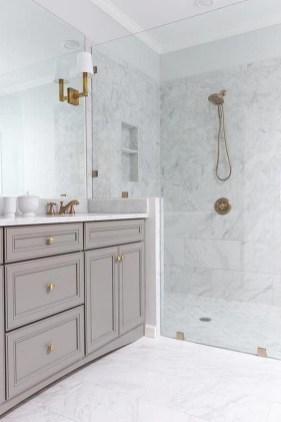 Amazing Master Bathroom Design Ideas To Try Asap 25