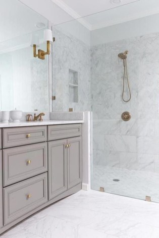 Amazing Master Bathroom Design Ideas To Try Asap 25