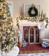 Beautiful Farmhouse Christmas Decor Ideas To Have Right Now 08