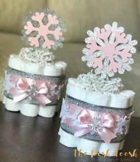 Beautiful Winter Centerpiece Decoration Ideas To Try Asap 20