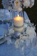 Beautiful Winter Centerpiece Decoration Ideas To Try Asap 22