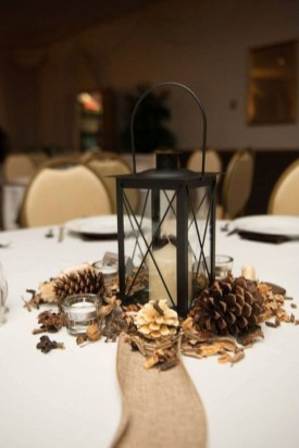 Beautiful Winter Centerpiece Decoration Ideas To Try Asap 26