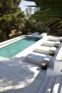Flawless Small Pool Landscaping Design Ideas For Enchanting Home Outside 05