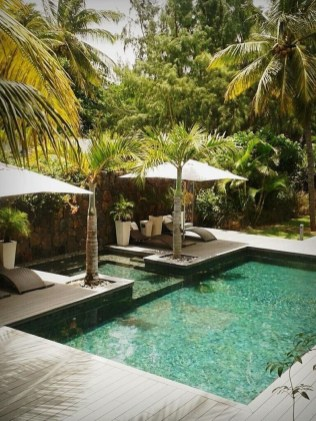 Flawless Small Pool Landscaping Design Ideas For Enchanting Home Outside 12