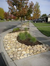 Inspiring Rock Garden Ideas To Make Your Landscaping More Awesome 22