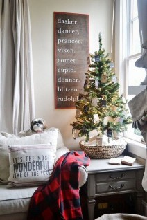 Pretty Christmas Decor Ideas For Small Space To Try Asap 01