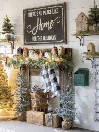 Pretty Christmas Decor Ideas For Small Space To Try Asap 07