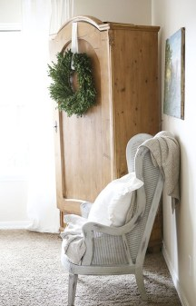 Pretty Christmas Decor Ideas For Small Space To Try Asap 13