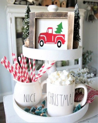 Pretty Christmas Decor Ideas For Small Space To Try Asap 17