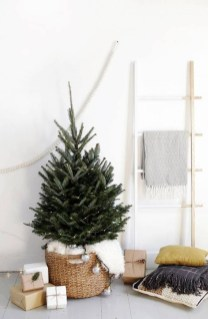 Pretty Christmas Decor Ideas For Small Space To Try Asap 30
